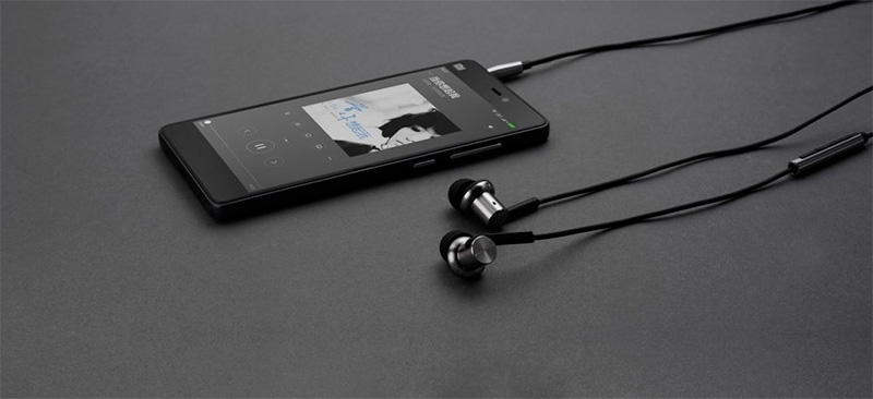 Xiaomi Mi In Ear Headphone Pro HD