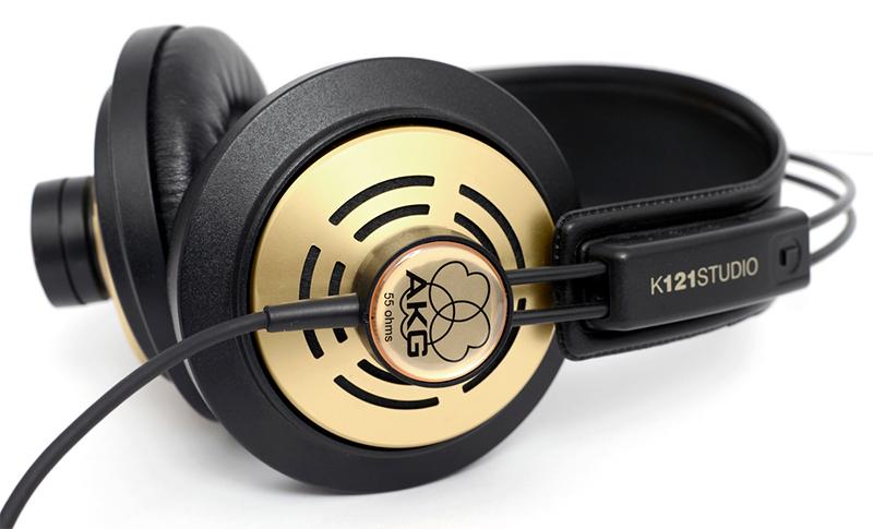 AKG K121 Studio